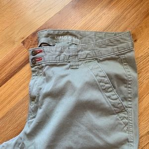 GAP Pants - Gap cadet cargo pants size 14 inseam 28.5 inches